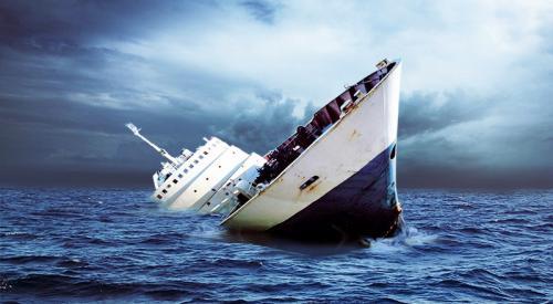Penyebab Kecelakaan Kapal Laut dan Alat Penyelamatnya